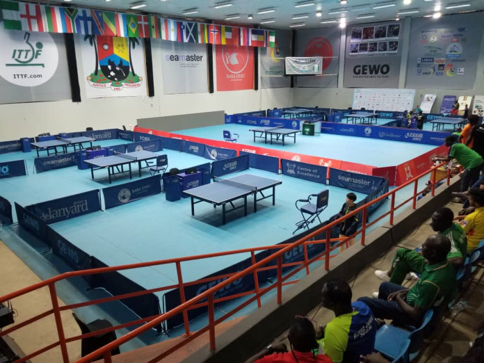 Okoya Thomas Gymnasium,